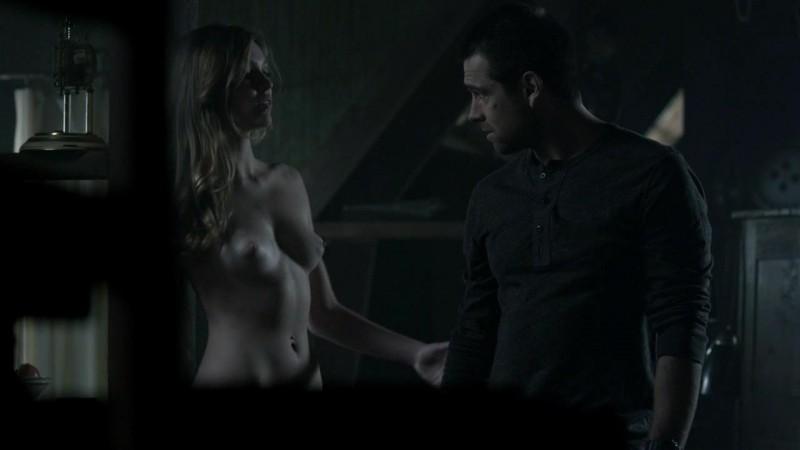 Lili Simmons desnuda en Banshee s01e05